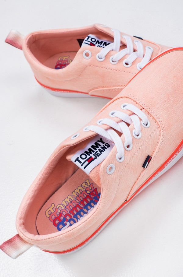 PASTEL COLOR LACE UP SNEAKER-hover