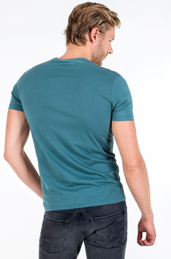 EMBOSSED POCKET TEE-hover