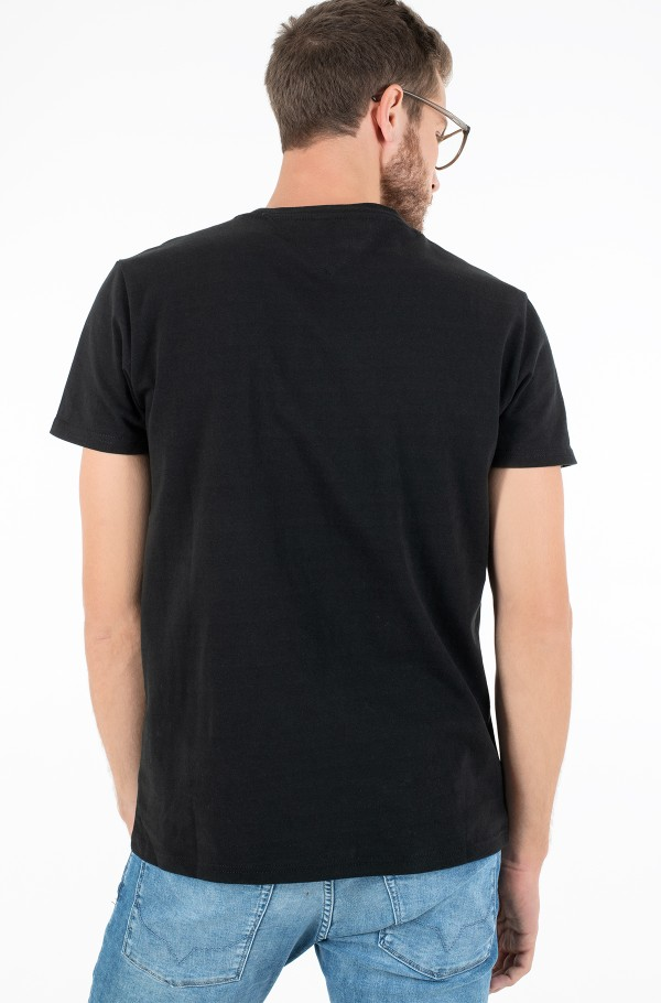 TJM TOMMY BADGE TEE-hover