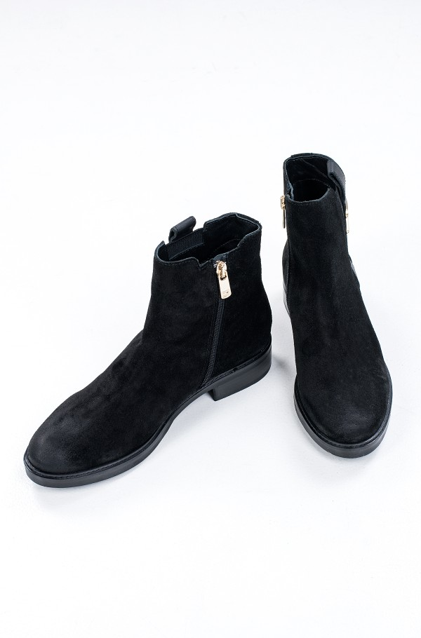 TH INTERLOCK SUEDE FLAT BOOT-hover