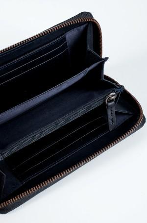 Wallet 310/705-2