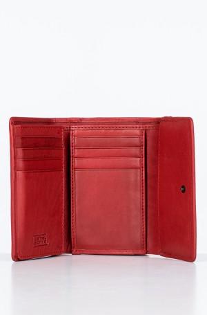 Wallet 310/704-2