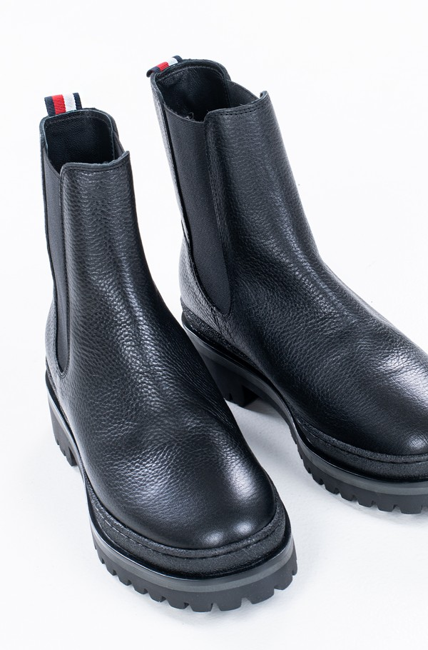 RUGGED CLASSIC CHELSEA BOOT-hover