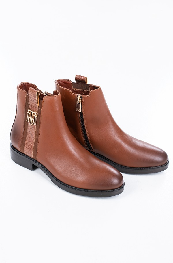 TH INTERLOCK LEATHER FLAT BOOT