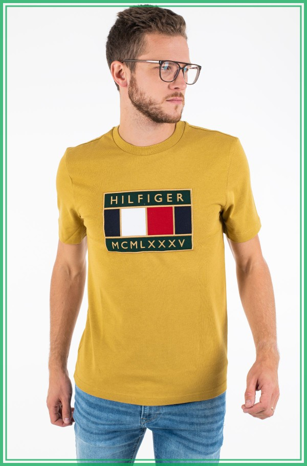 GLOBAL FLAG RELAXED FIT TEE