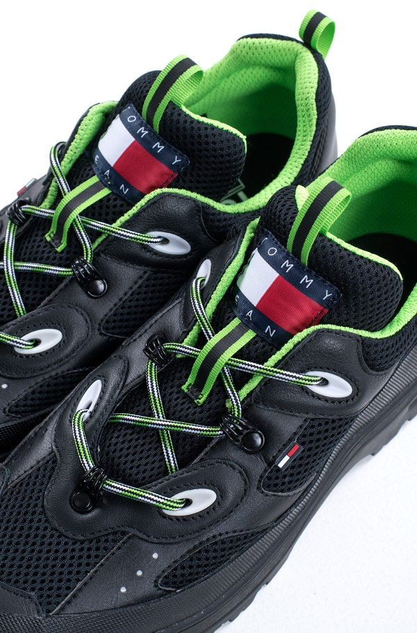 HILFIGER EXPEDITION SHOE-hover