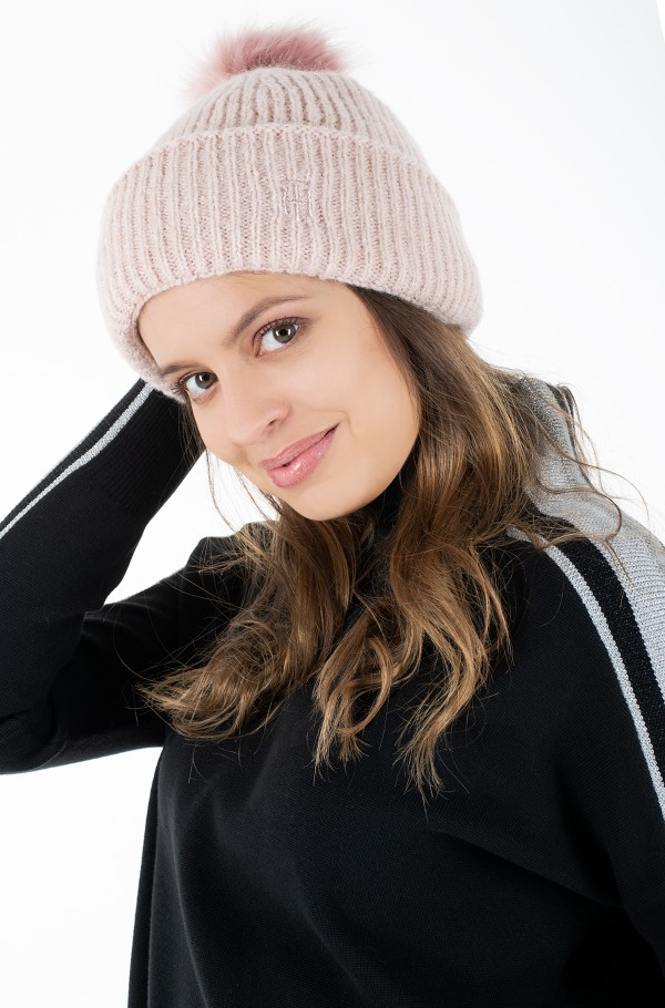 TH EFFORTLESS POM POM BEANIE-hover
