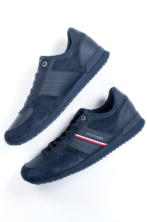 ICONIC SUEDE RUNNER-hover