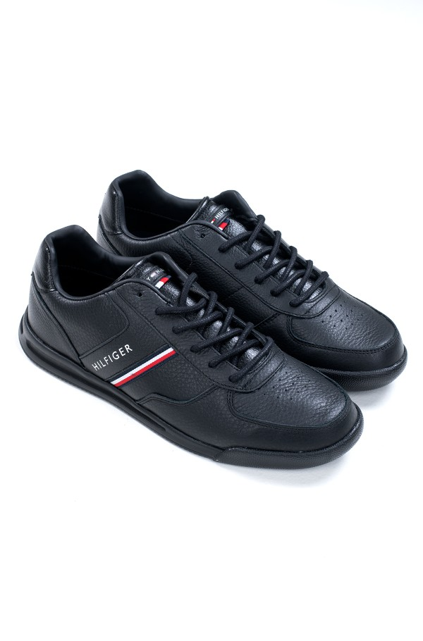LIGHTWEIGHT LEATHER MIX SNEAKER
