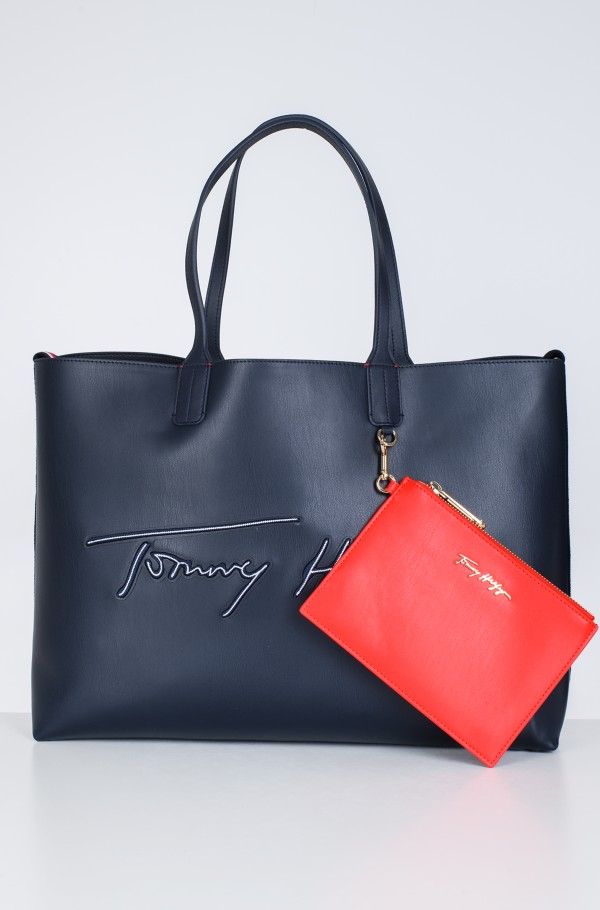 ICONIC TOMMY TOTE SIGNATURE-hover