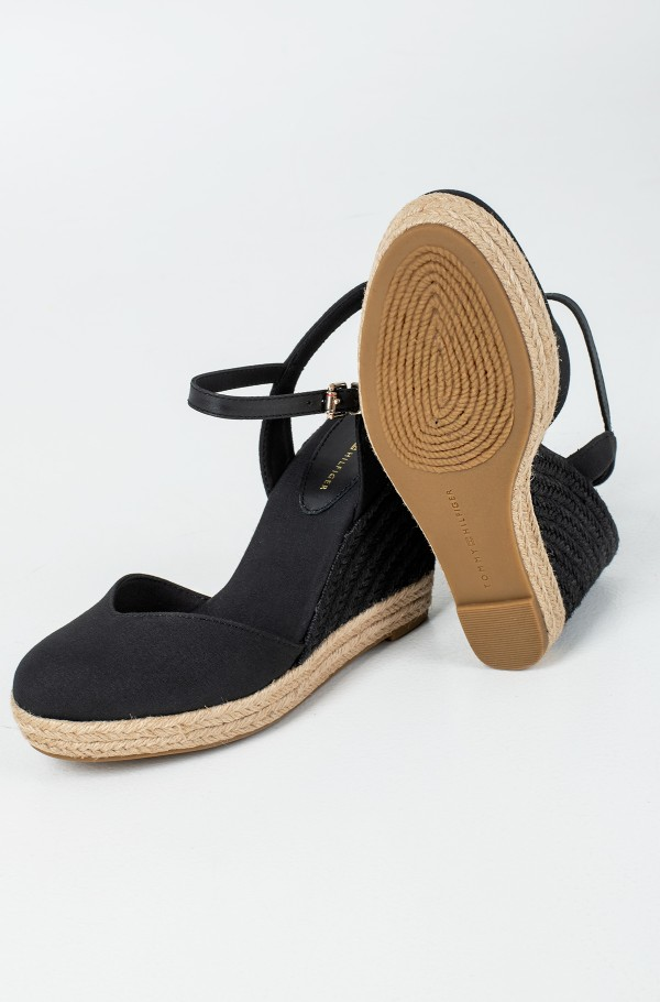 BASIC CLOSED TOE HIGH WEDGE-hover