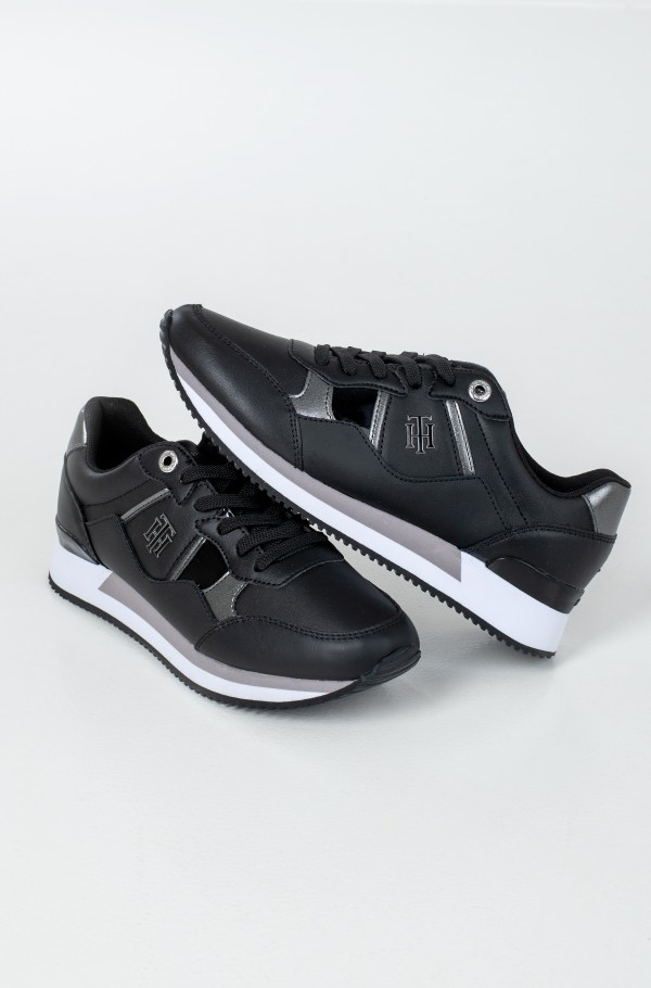 TH INTERLOCK CITY SNEAKER