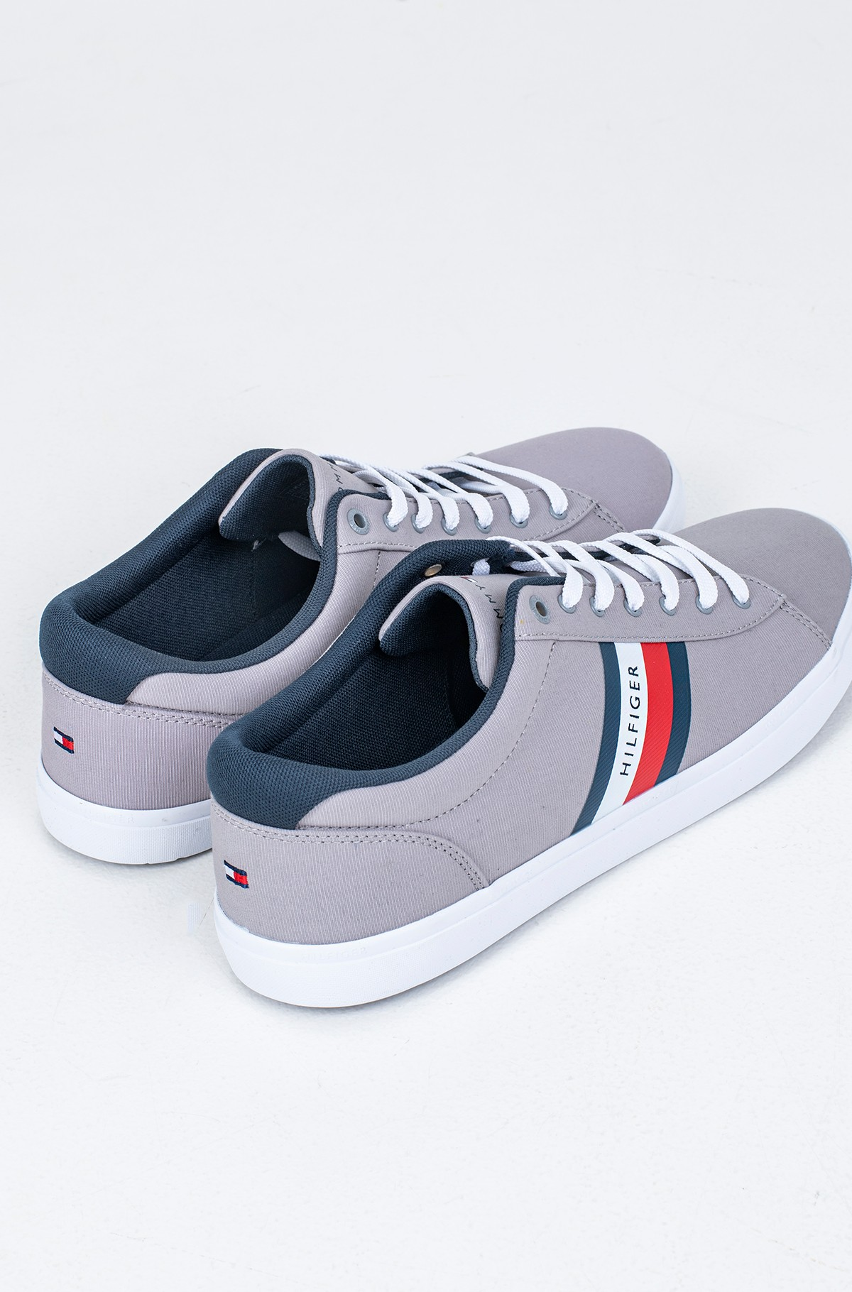 Casual shoes ESSENTIAL STRIPES DETAIL SNEAKER-full-3