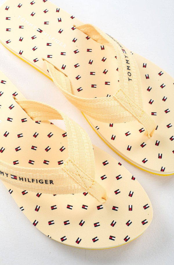TH MINI FLAGS BEACH SANDAL-hover