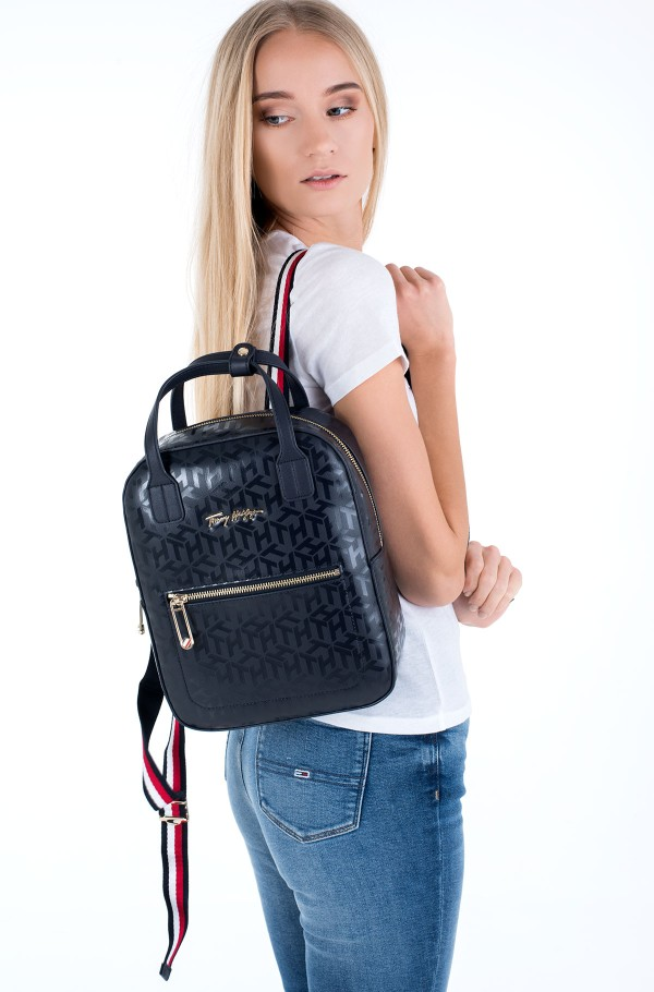 ICONIC TOMMY BACKPACK MONO