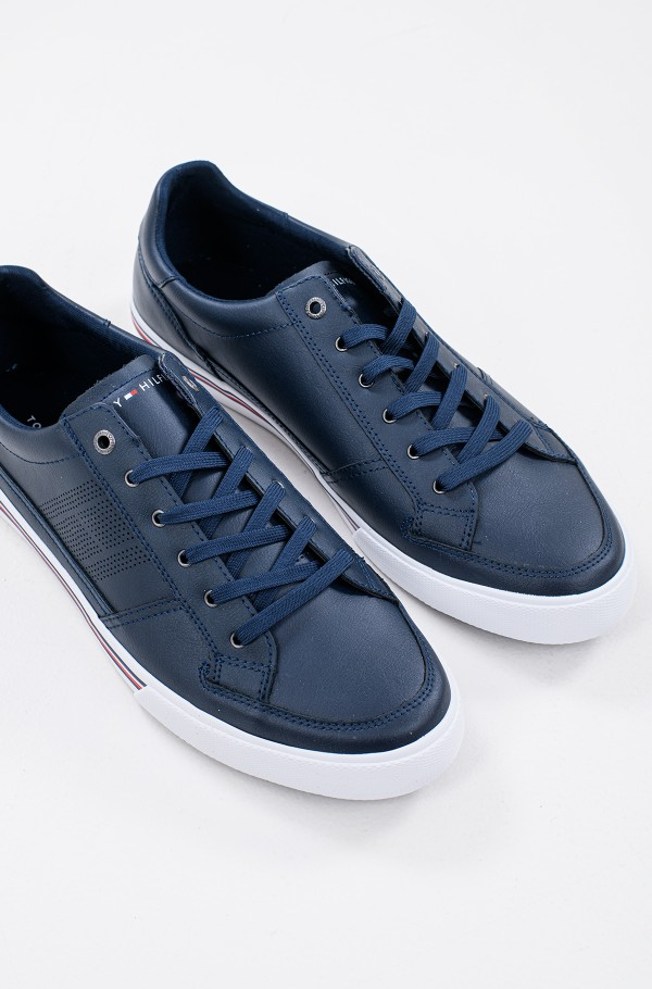 CORE CORPORATE LEATHER SNEAKER