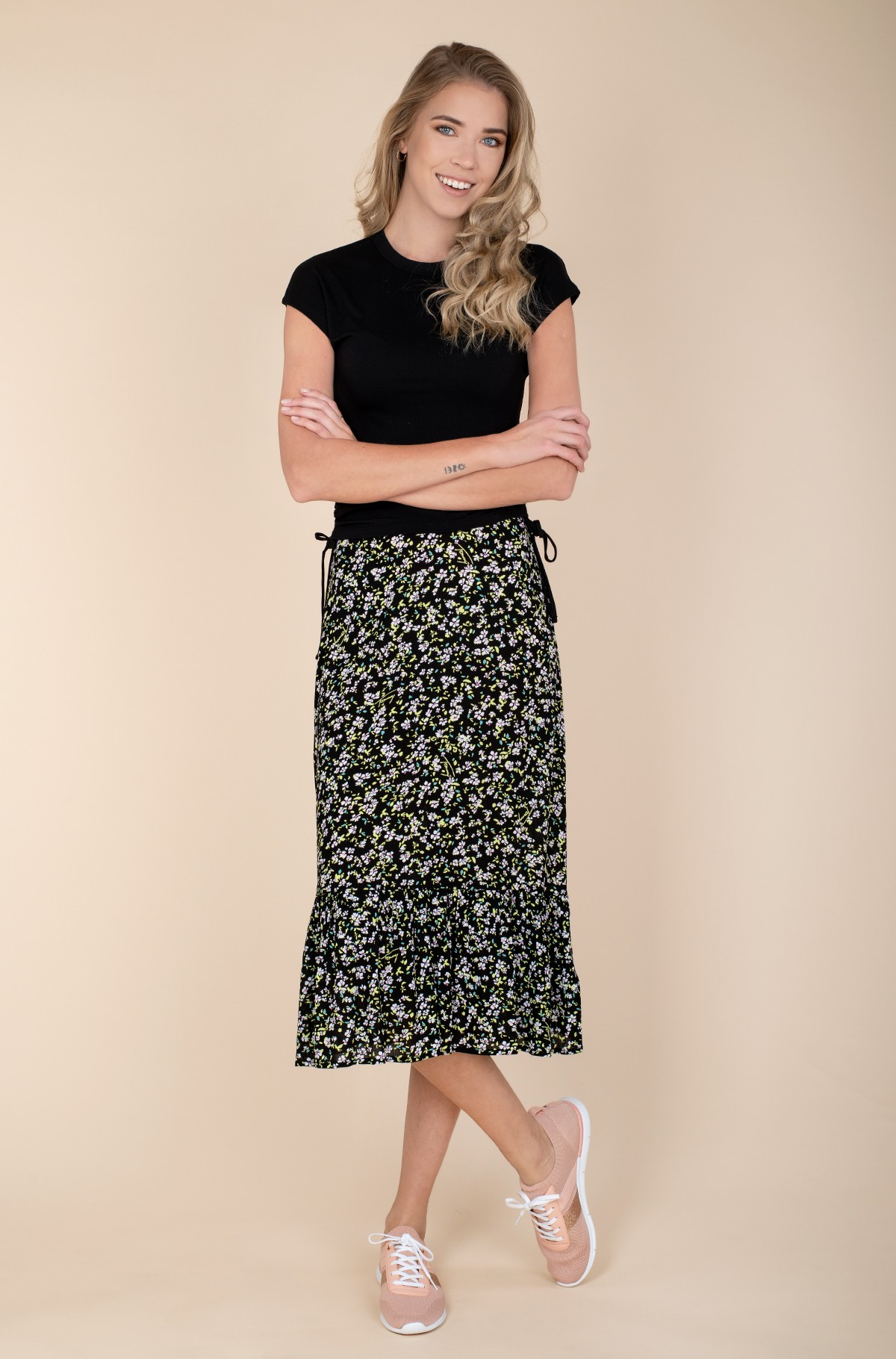Seelik TJW TIERED FLORAL MIDI SKIRT-full-2