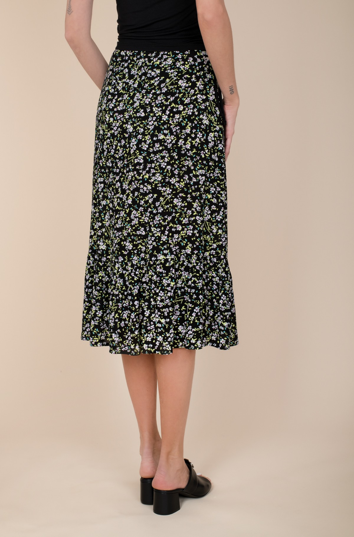 Seelik TJW TIERED FLORAL MIDI SKIRT-full-3