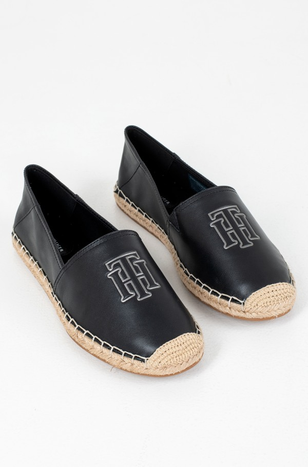 FEMININE LEATHER ESPADRILLE