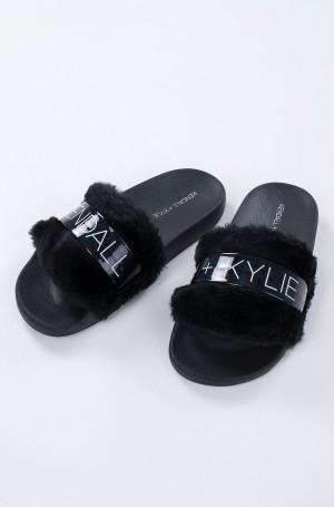 Flip-flops EROS-1