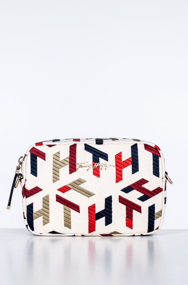 ICONIC TOMMY CAMERA BAG EMBR.-hover
