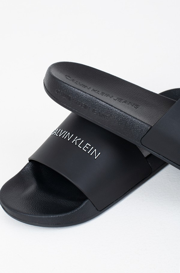 SLIDE INSTITUTIONAL CK TPU-hover
