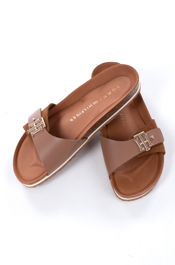 TH MOLDED FOOTBED SANDAL