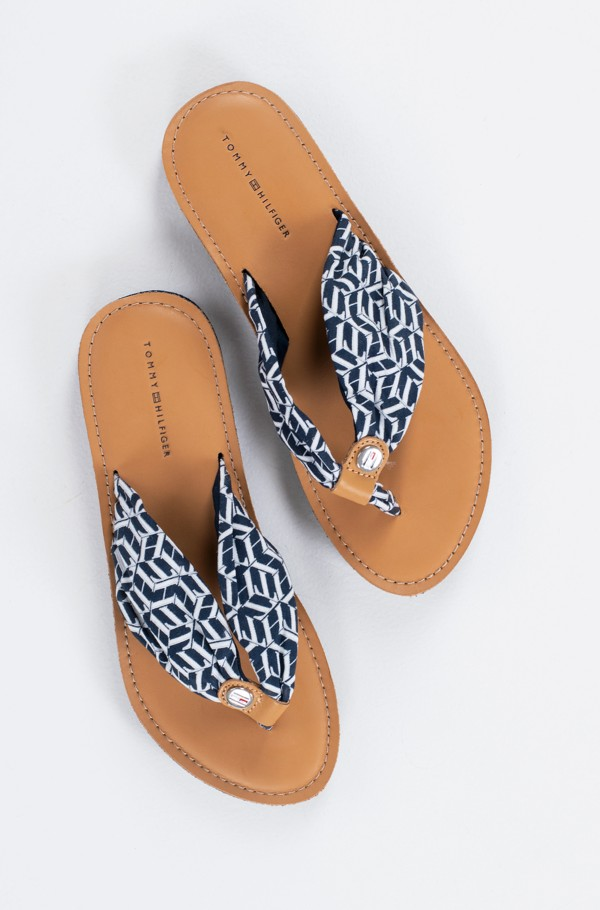 LEATHER FOOTBED TH BEACH SANDAL