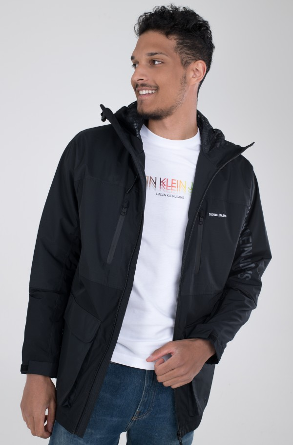 TECHNICAL PARKA-hover