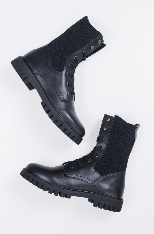 TH KNITTED FLAT BOOT