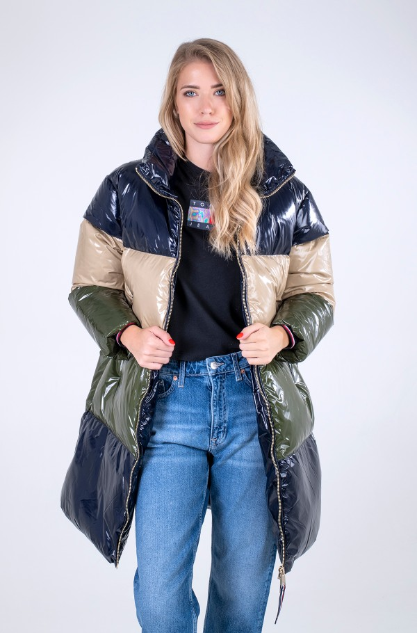 GLOSSY DOWN PUFFER COAT-hover