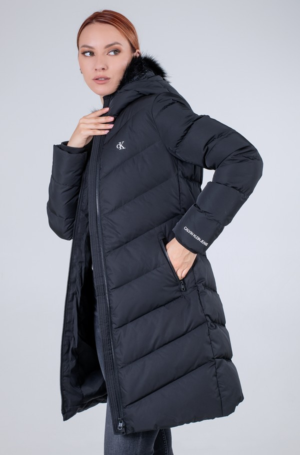LONG FITTED DOWN PUFFER