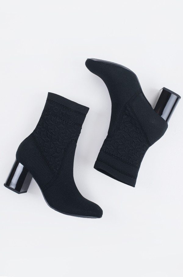 TH KNITTED MID HEEL BOOT