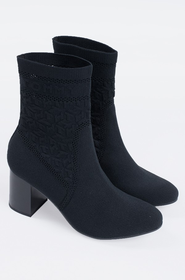TH KNITTED MID HEEL BOOT-hover