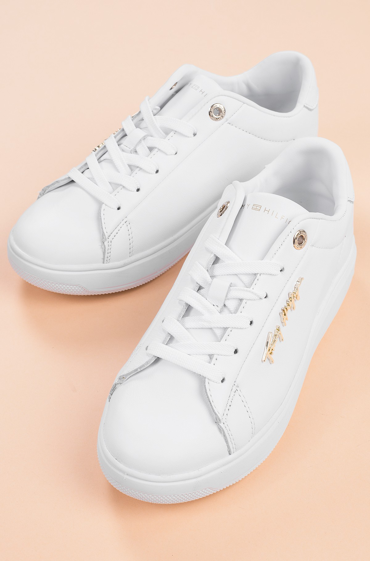 Casual shoes SIGNATURE LEATHER SNEAKER-full-1