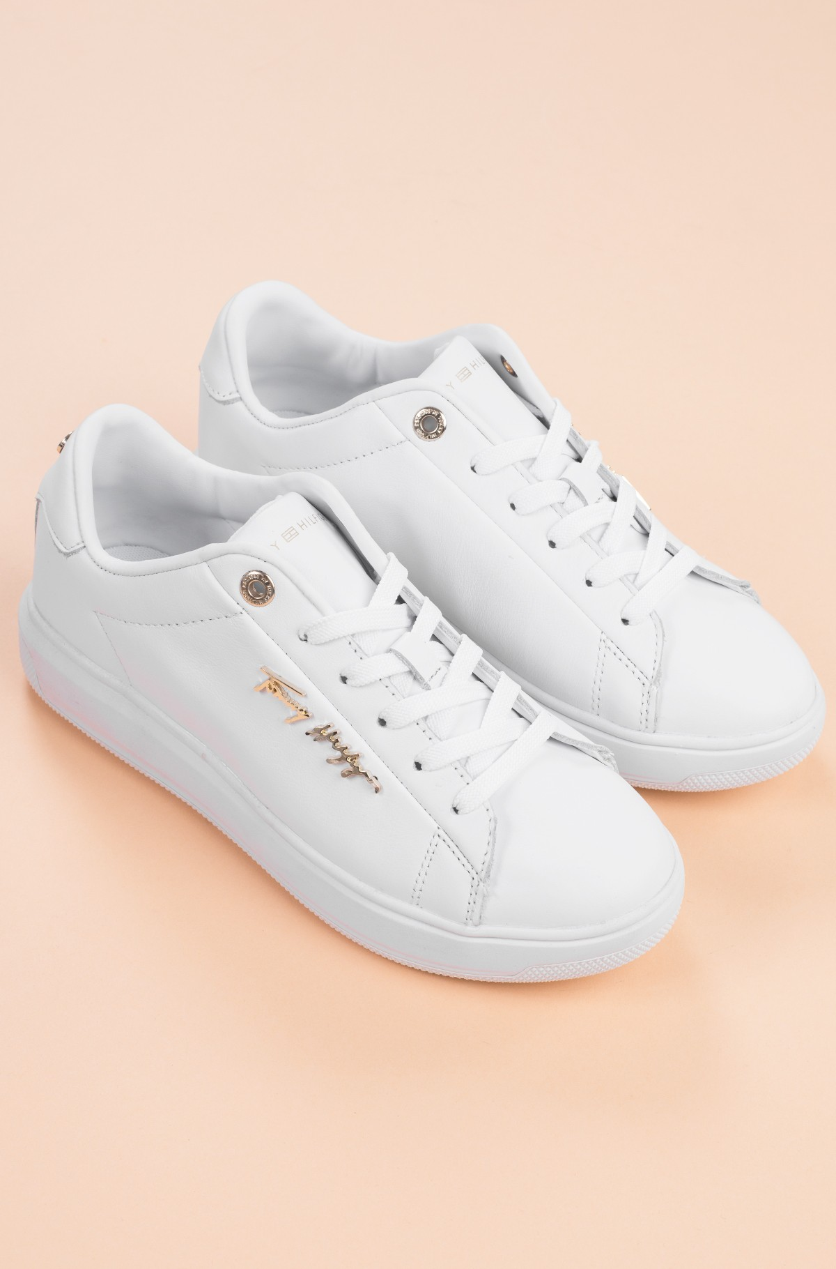 Casual shoes SIGNATURE LEATHER SNEAKER-full-3