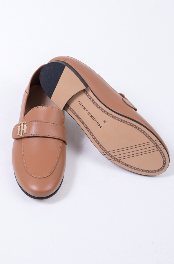 TH ESSENTIALS LEATHER LOAFER-hover