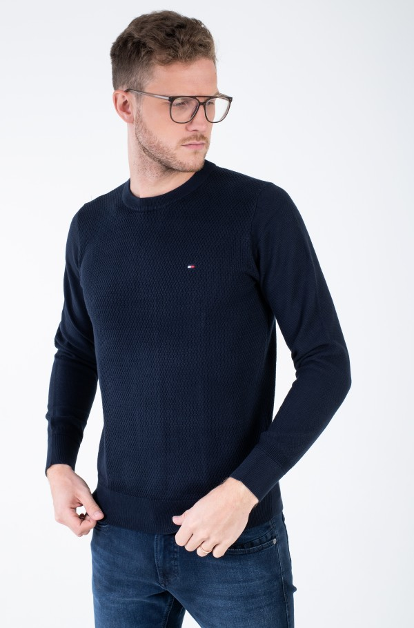 EXAGGERATED STRUCTURE CREW NECK