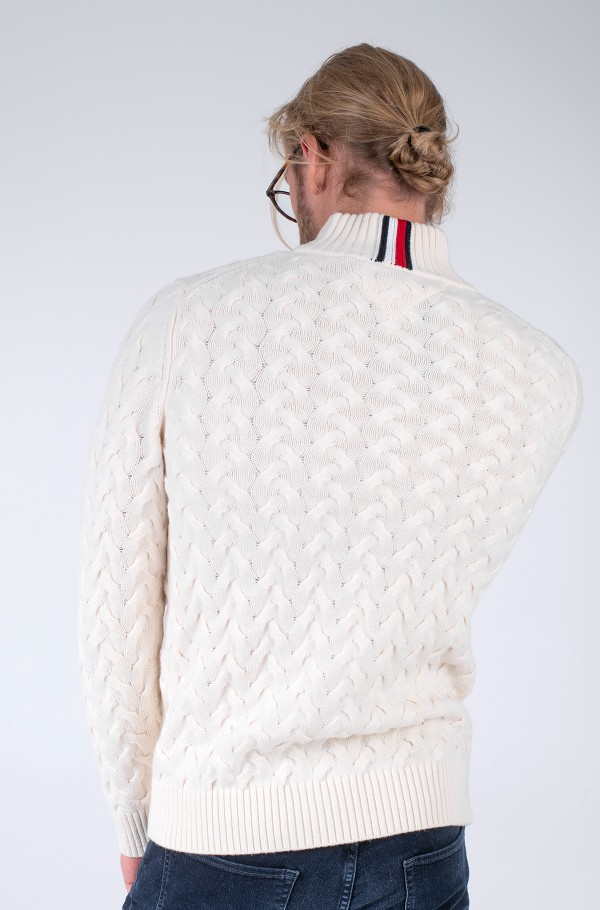 MODERN CABLE MOCK NECK-hover