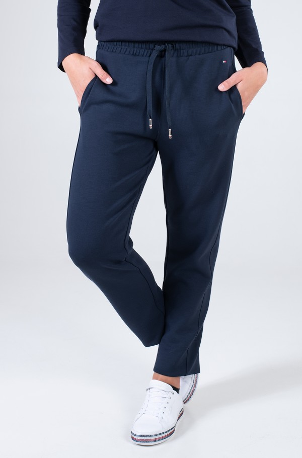 RELAXED PULL ON ANKLE PANT