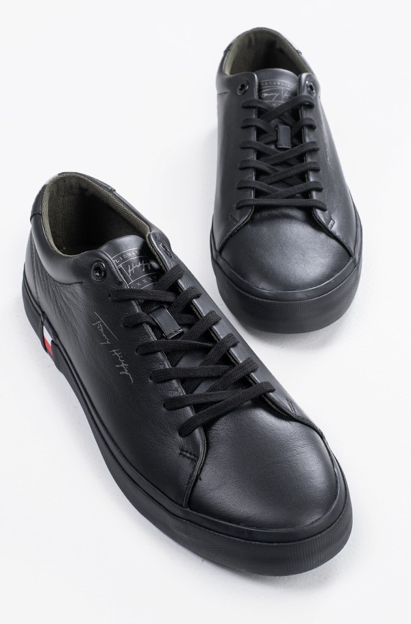 CORPORATE MODERN VULC LEATHER-hover