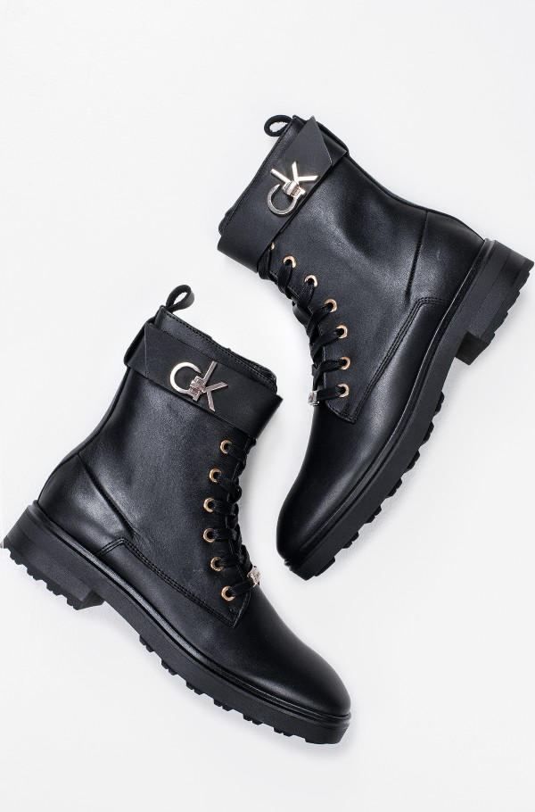 CLEAT BIKER BOOT W/HDW-hover