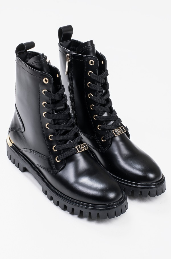 POLISHED LEATHER LACE UP BOOT-hover