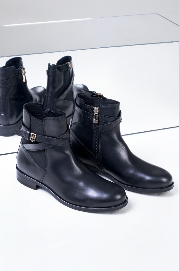 TH HARDWARE ON BELT FLAT BOOT-hover